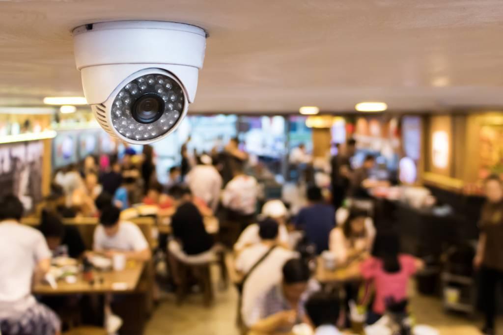 Système de télésurveillance pour local commercial